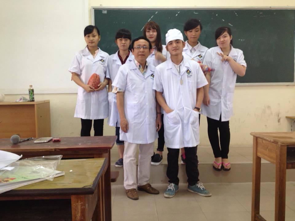 Sinh viên Điều Dưỡng