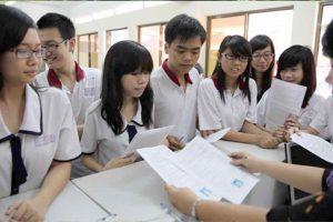Sinh viên đăng ký học Y Dược