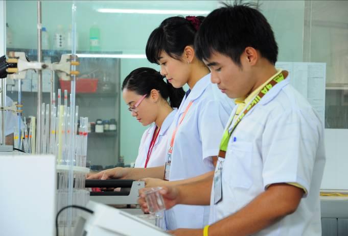 Học văn bằng 2 cao đẳng dược Hà Nội