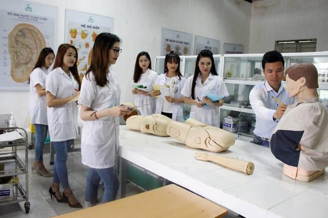 Địa chỉ học cao đẳng điều dưỡng Hà Nội 2018