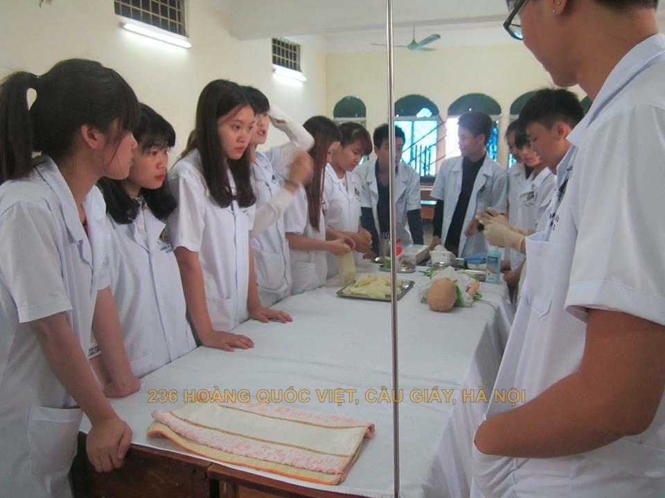 Học cao đẳng Dược Hà Nội ngoài giờ hành chính