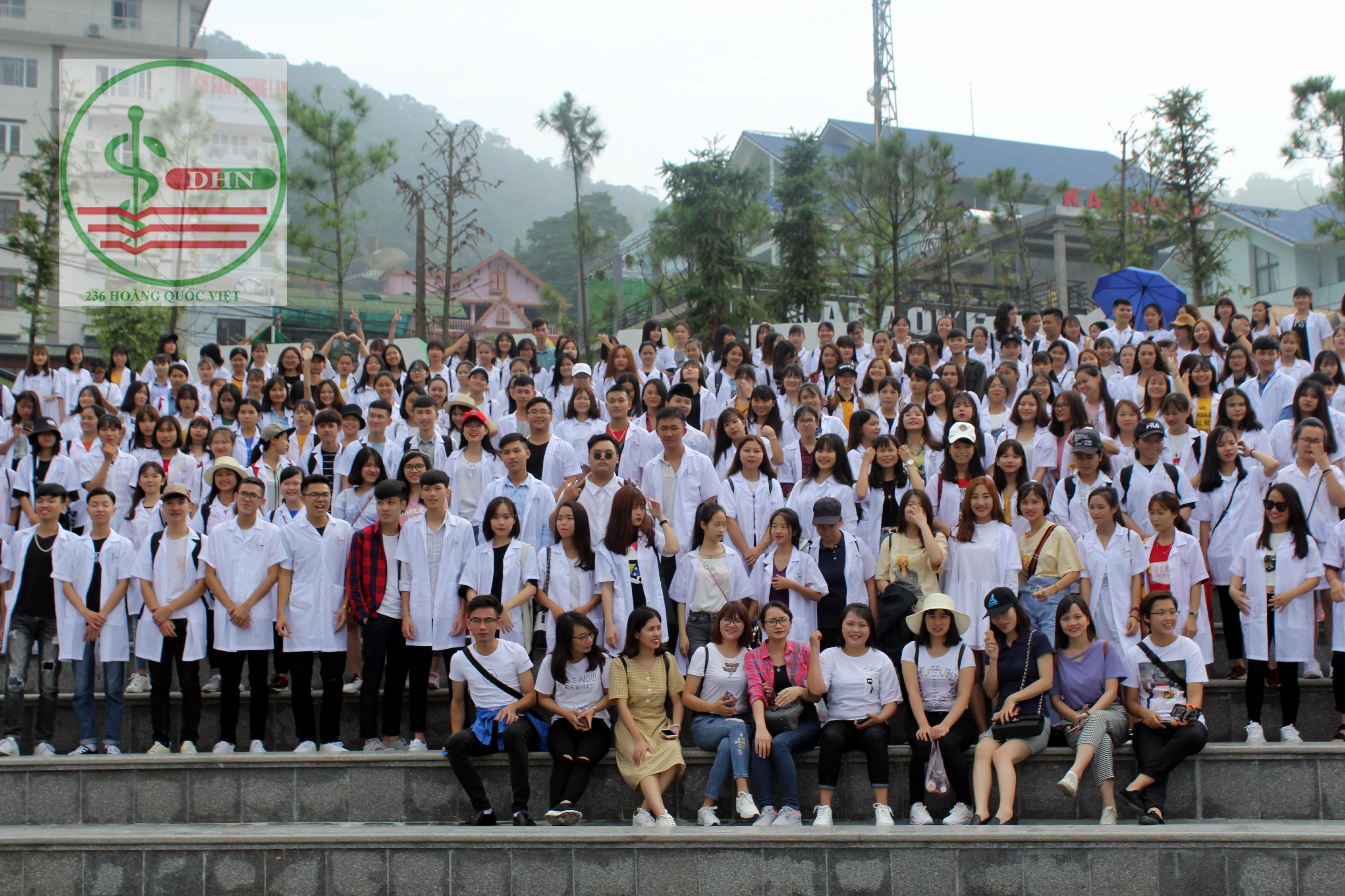 Sinh viên dã ngoại Tam Đảo